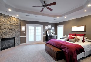 Ceiling Fan and Can Lights in Bedroom